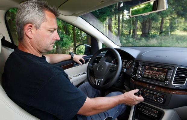 Ratgeber: Autofahren bei Hitze - Gegen die Schattenseite des Sommers
