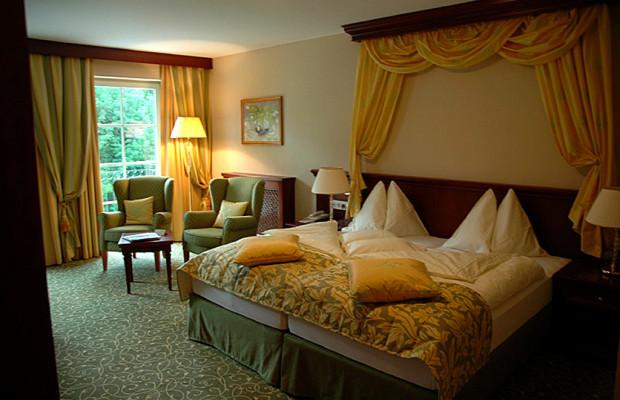 Blick in eine der Suiten der Fünf-Sterne-Herberge in Osttirol.