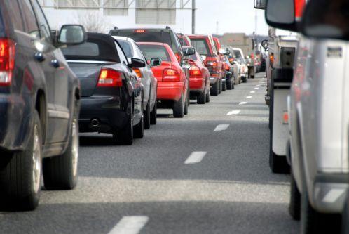 Stauprognose: Im Süden weiterhin dichter Reiseverkehr