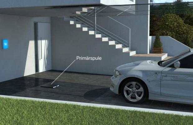 Daimler und BMW entwickeln genmeinsam induktives Ladesystem