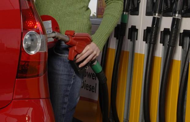 Tanken im Ausland  - Vokabeltraining fürs Sprit-Zapfen