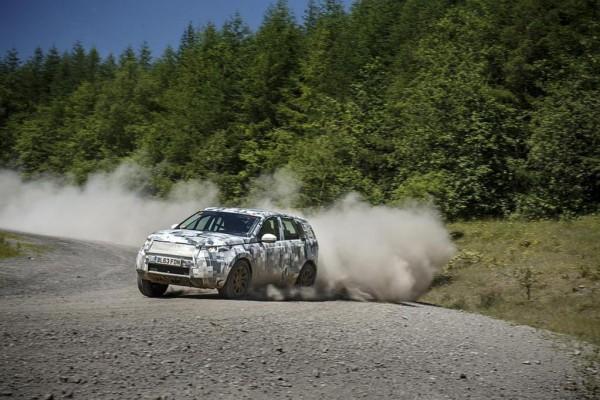 Land Rover tauscht Ideen mit Virgin Galactic
