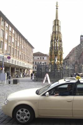 Taxi-Urteil: Betrunkener Fahrgast muss Reinigung zahlen