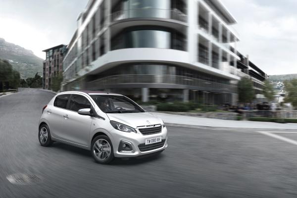 Restwert-Riese: Ein im Herbst 2014 zugelassener 108 VTi 68, der zum Neupreis ab 8 890 Euro erhältlich ist, wird 2018 auf dem Gebrauchtwagenmarkt noch 4 800 Euro wert sein.