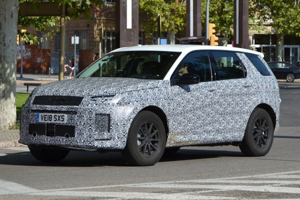 Land Rover Discovery Sport.