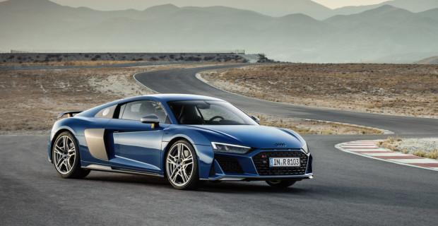 Audi R8.