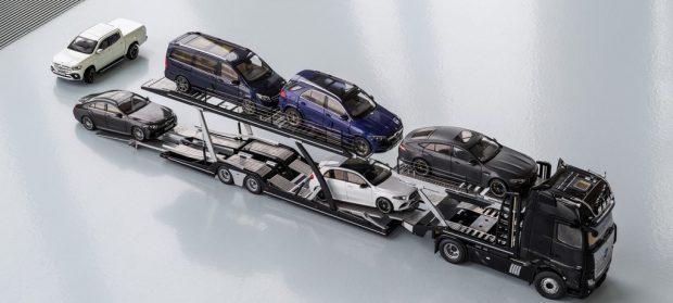 Mercedes-Benz Actros Autotransporter 1:18.